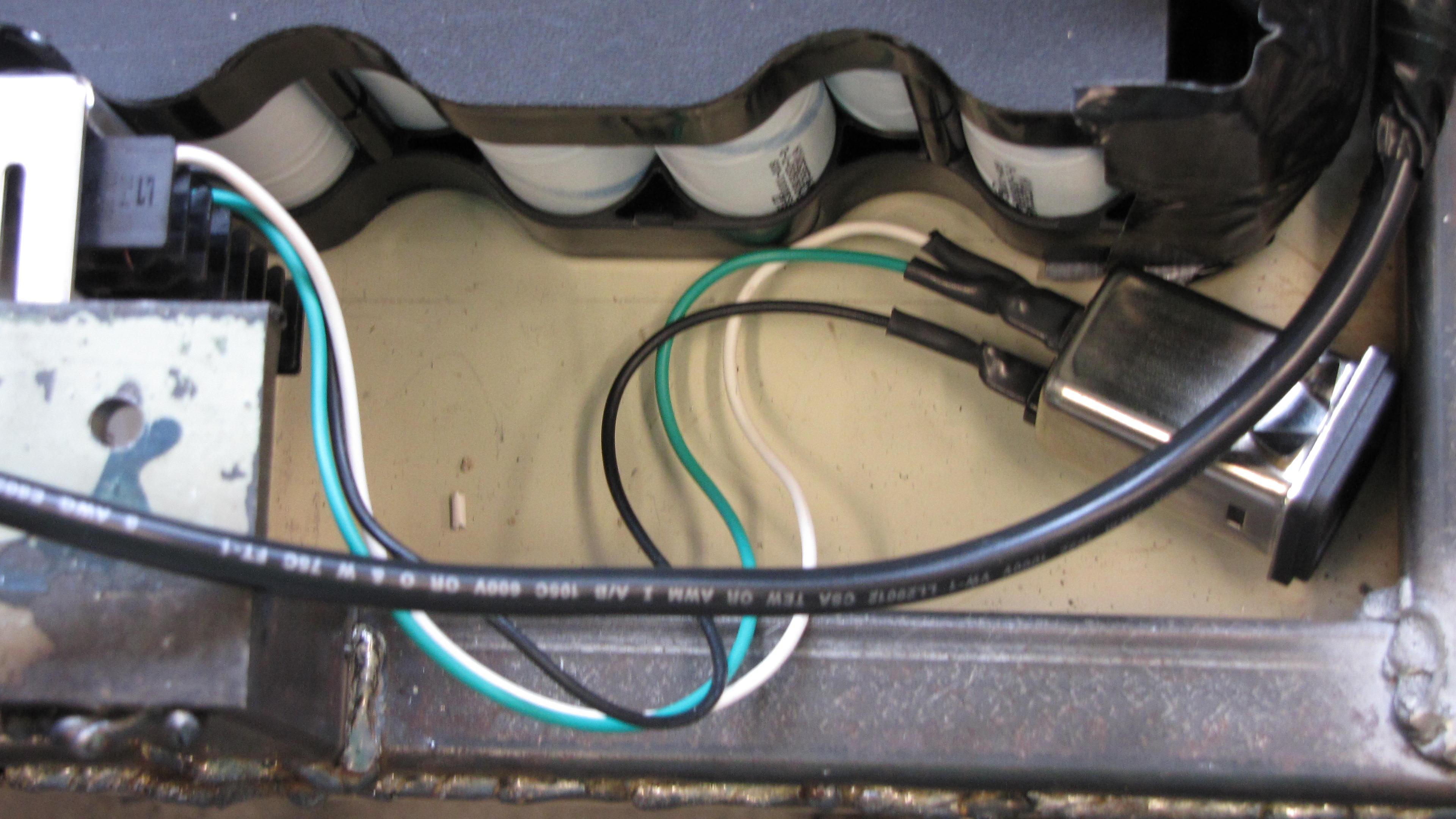120 volt connector