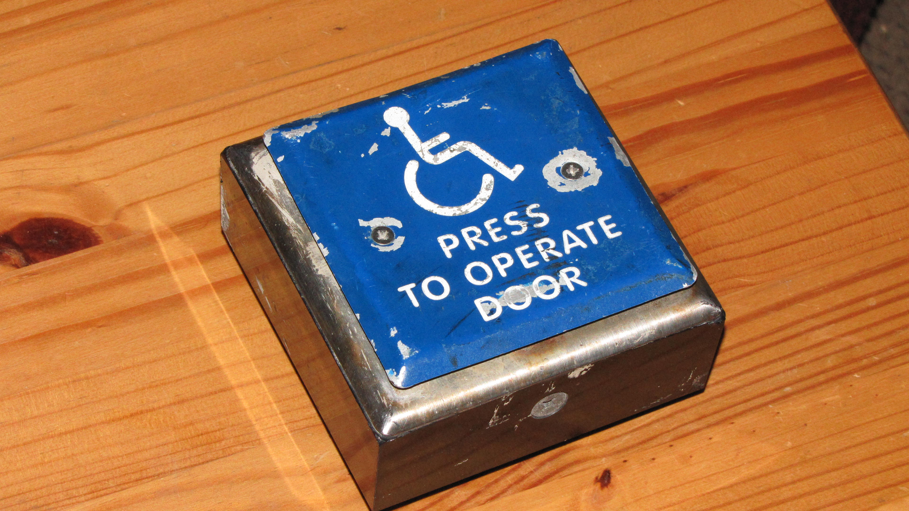 Wireless Handicap button