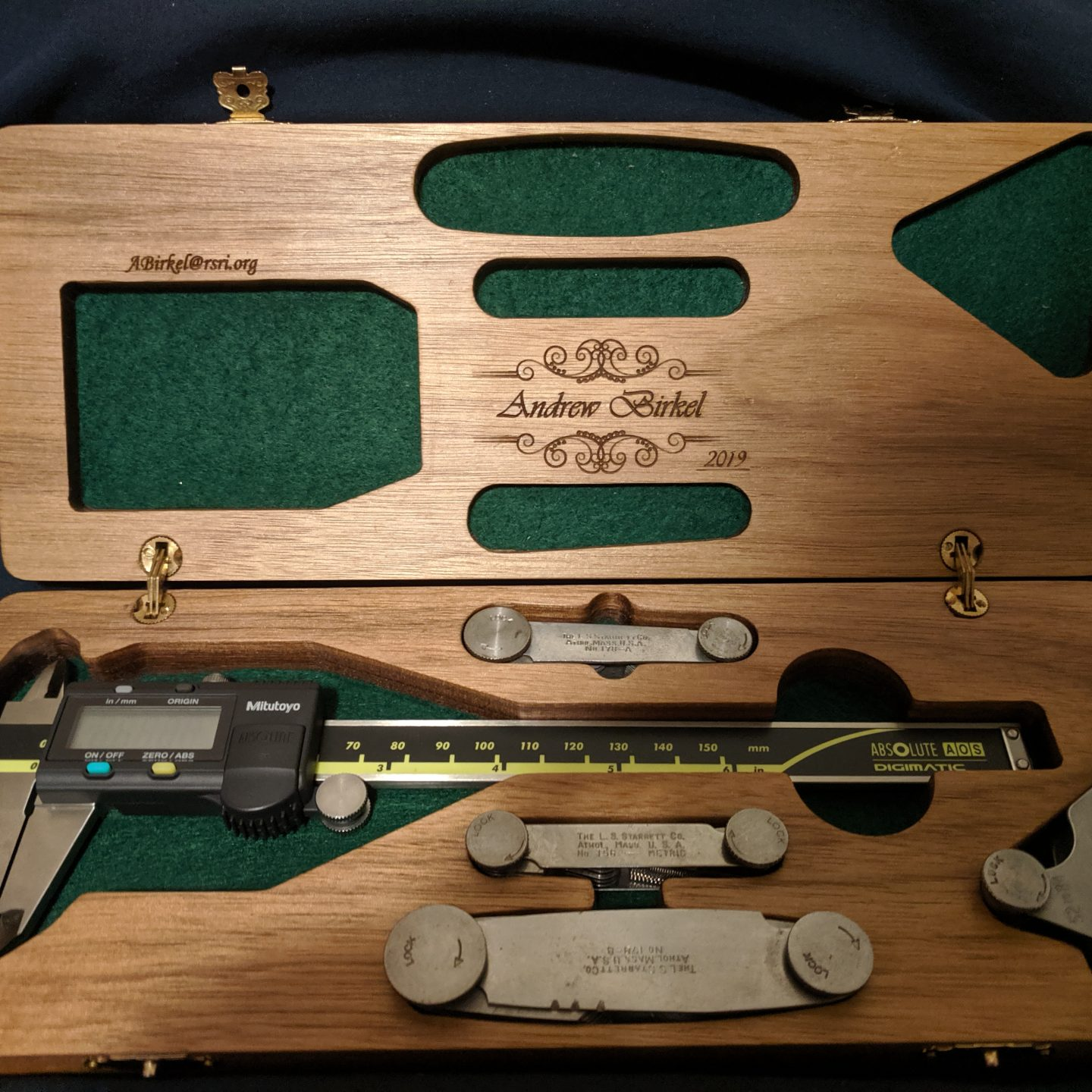 [05.2019]Look like a Pro, Be like a Pro: Custom Caliper Case