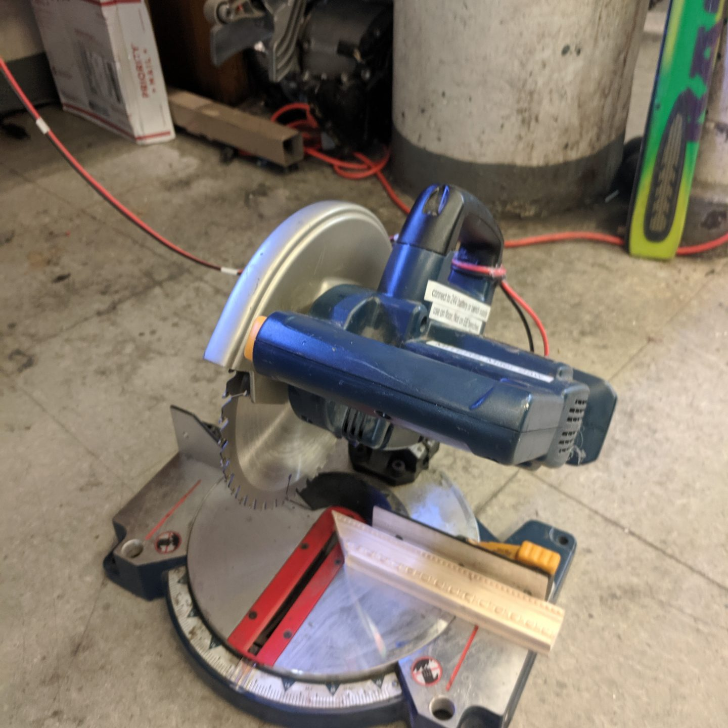 [7.06.19]We Don't Need no Stinking Batteries: Wiring up a battery powered MITERS Saw